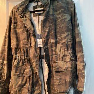 Cinched waist camo jacket Universal Thread